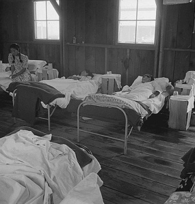 Manzanar Living